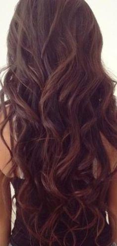Brown hair / brunet / curls