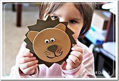 Lion craft and printables.