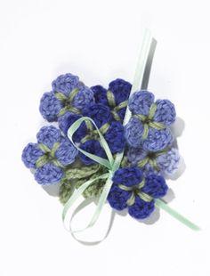 Crochet flower from Lion Brand