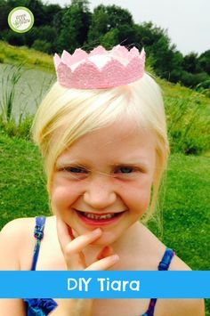 This DIY tiara has a lot of shimmer, shine and glitter. It would make any princess happy! http://www.greenkidcrafts.com/diy-kids-tiaras/
