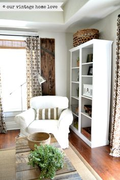 our vintage home love blog, reading corner, bookcase wood with white