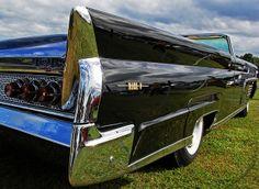 Lincoln Continental Mark V Convertible #Lincoln #Continental #Rvinyl =========================== http://www.rvinyl.com/Lincoln-Accessories.html
