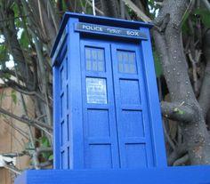 Picture of TARDIS Bird Feeder