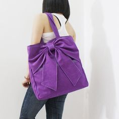 bow tote. in multiple colors.