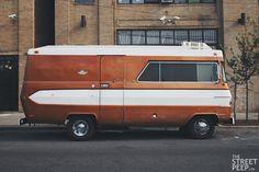 1970 Glastron Dodge M300 Motorhom