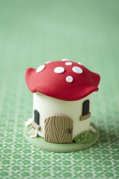 mushroom house cakedecor learnwithus, cake magic, little houses, mini muffins, fairy houses, mini cupcakes, magic mini, mini cakes, cake toppers