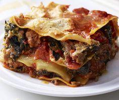 Slow cooker turkey lasagna.Delicious Italian turkey lasagna cooked in slow cooker.
