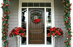 The Lily Pad Cottage: Christmas Front Door