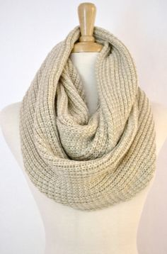 OATMEAL Beige Ivory Honeycomb Pattern Knitted Infinity Loop Circle Scarf Cowl Womens Knitted Scarves Snood Cowl
