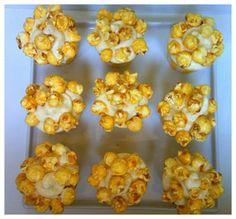 Caramel corn circus cupcakes