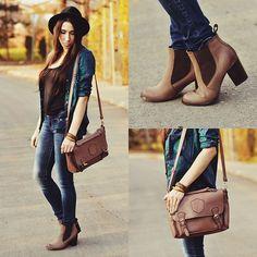Blue Flannel Shirt + Black Tank + Skinny Jeans + Brown Ankle Boots + Leather Messenger Bag