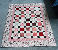 So many cute Valentine's quilts