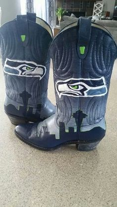 Seahawk boots