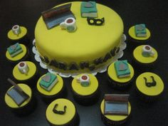 eyeglasses cake