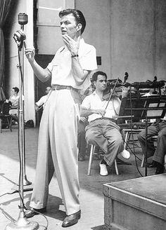 Frank Sinatra, 1940s