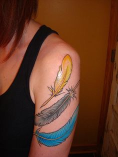 Feathers and colors #tattoos
