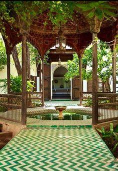 chevron patterns, floor, green, fountain, tile, palaces, morocco, courtyard, garden