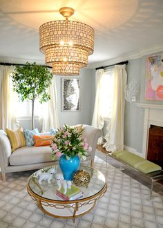 wall colors, coffee tables, living rooms, light fixtures, chandeliers, room decorating ideas, pendant lights, floral arrangements, live room
