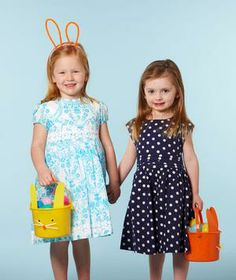 Easy steps for planning and organizing and Easter egg hunt.
