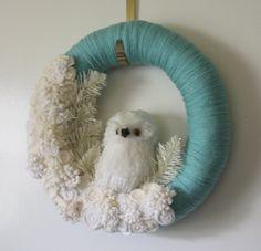 White Owl Wreath on Blue, Icy Owl Wreath, Winter Wreath, Yarn and Felt Wreath, 14 inch size.