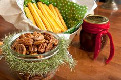Recipe: Southern cheese straws ||  Photo: Raymond McCrea Jones for The New York Times