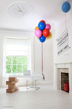 Amazing Desk That's Held Up with Balloons