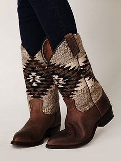 Billy Blanket Boot