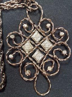StepbyStep pdf Tutorial  Twisted wire pendant by OrlysTreasures, $6.00