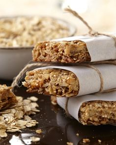 Busy family? Create these Macadamia Nut Granola Bars for a quick and ...
