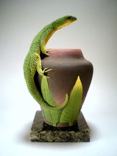 Lone lizard vase by Nancy Yturriaga Adams.