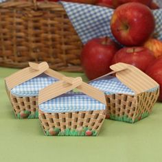 Wizard of Oz Party Picnic Basket Box - PDF template available for just £1.99