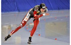 Kristina Groves skates to victory in the women's 3000-metre on the second day of the Canadian Single Distance Championships at the Richmond Olympic Oval.