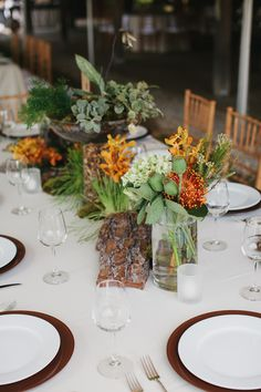 Eco-chic fall table.