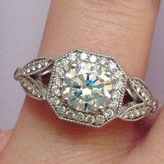 Gorgeous detailed diamond ring.