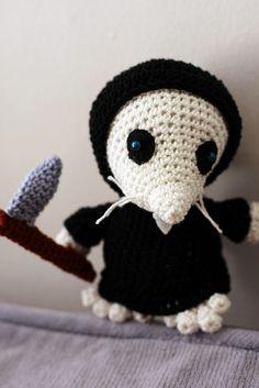 Amigurumi Discworld : Crocheted Characters on Pinterest Tenth Doctor, Yarn ...