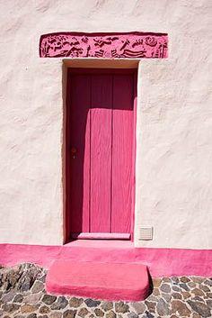 Pink door in Culture Park Mariposa, Arona, Tenerife, Canary Islands #pink #door