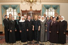 Meridian International Visitors Group Meets with Secretary Clinton