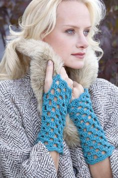 Parisian Mitts | free crochet pattern