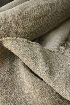 Antique old homespun linen ~ wonderfully dark ~ heavy weight  hemp ~ natural  / organic fabric  from Europe ~ www.textiletrunk.com