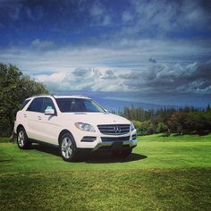 Meanwhile in Hawaii, the M-Class watches over a hole-in-one challenge at Bay Course | Kapalua Resort, Maui.