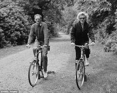 Marilyn Monroe & Arthur Miller on Raleighs (Thanks, Darrell!)