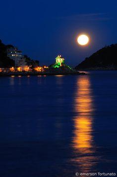 Alassio Riviera Ligure #beach #moon #essenzadiriviera