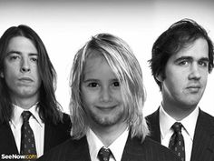 Fotomontaje Nirvana.  http://fotoefectos.com.es/fotomontaje-nirvana-fotomontajes-de-musica/