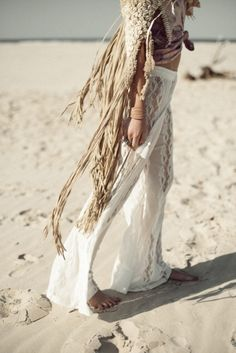 Boho fashion trends, modern hippie style. For more Bohemian looks FOLLOW http://www.pinterest.com/happygolicky/the-best-boho-chic-fashion-bohemian-jewelry-gypsy-/