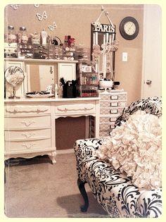 makeup vanities, girly closet organizer, girly room