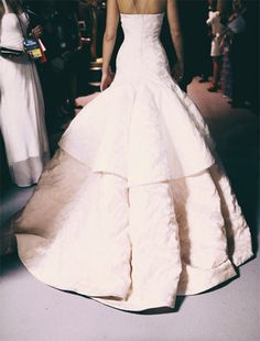 dior<3  #wedding #love #weddingideas #gown #weddinggown #weddingdress #bride