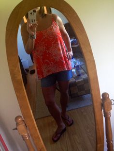 Finally a sunny day!!! Get to wear Mum Cami and vintage CAbi shorts made in to cut offs without a cardi...☀️☀️☀️