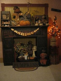 deppenhomestead1862...Fall Mantle, love the gourds, could be snowmen too...