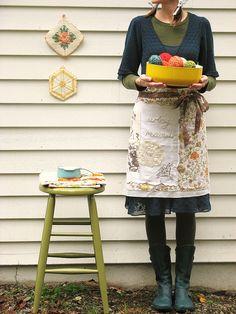 I love the artsy mama apron. dottie angel.