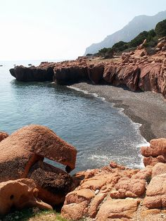 Spiaggie nascoste    Marina di Gairo, Sardinia.